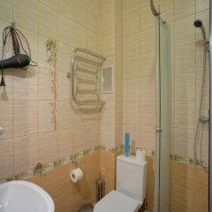 Гостиница JOY Стандартный номер с двуспальной кроватью (общая ванная комната)