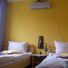 Отель Bonevi Guest House Болгария, Боженци - отзывы, цены и фото номеров - забронировать отель Bonevi Guest House онлайн комната для гостей фото 3