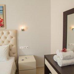Апартаменты Brentanos Apartments ~ A ~ View of Paradise Семейные апартаменты с двуспальной кроватью фото 16