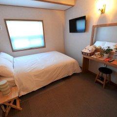 Tori Hotel 2* Стандартный номер с двуспальной кроватью
