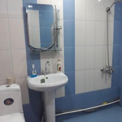 Отель Green Dilijan B&B Армения, Дилижан - отзывы, цены и фото номеров - забронировать отель Green Dilijan B&B онлайн ванная
