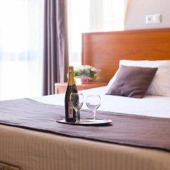 Гостиница Радужный 2* Стандартный номер с двуспальной кроватью фото 10