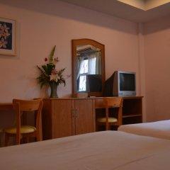 Отель Seven Oak Inn 2* Стандартный семейный номер с двуспальной кроватью фото 11