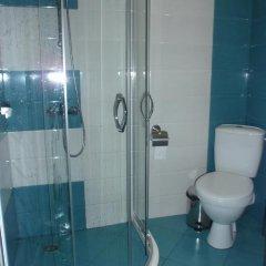 Отель Cherno More 2 Болгария, Поморие - отзывы, цены и фото номеров - забронировать отель Cherno More 2 онлайн ванная