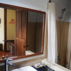 The White Avenue Hotel ванная фото 2