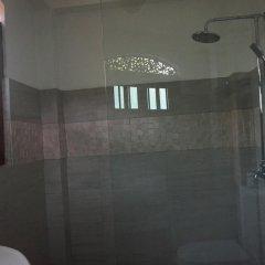 Отель Thaproban Beach House 3* Стандартный номер с различными типами кроватей фото 9
