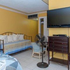Отель Montego Bay Club Resort Ямайка, Монтего-Бей - отзывы, цены и фото номеров - забронировать отель Montego Bay Club Resort онлайн в номере фото 2