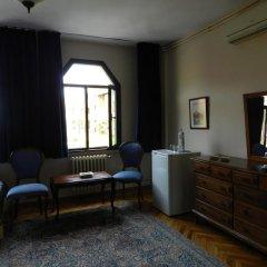 Отель Berk Guesthouse - 'Grandma's House' 3* Стандартный семейный номер с двуспальной кроватью фото 9