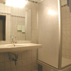 Отель Pension Fünfhaus 2* Стандартный номер с различными типами кроватей фото 2