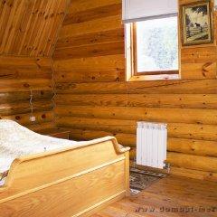 Гостиница Меридиан Стандартный семейный номер с двуспальной кроватью (общая ванная комната) фото 3
