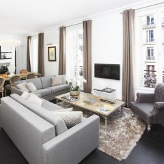 Отель The Residence: Luxury Le Louvre Париж комната для гостей фото 3