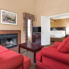 Отель Hawthorn Suites Columbus North 3* Люкс