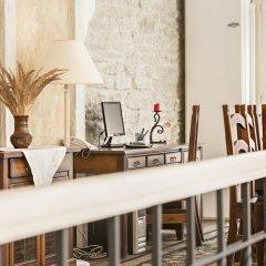 Отель Taanilinna Hotel Эстония, Таллин - 11 отзывов об отеле, цены и фото номеров - забронировать отель Taanilinna Hotel онлайн интерьер отеля фото 2