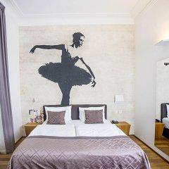 Отель Golden Crown 4* Улучшенный номер с двуспальной кроватью фото 17