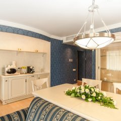 Гостиница Гранд Авеню 3* Апартаменты с разными типами кроватей