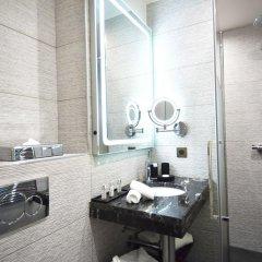 Отель Room Mate Alain 4* Улучшенный номер с различными типами кроватей фото 7