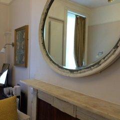 Crescent Hotel 3* Стандартный семейный номер с двуспальной кроватью