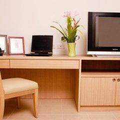 Апартаменты Sitara Place Serviced Apartments Бангкок удобства в номере