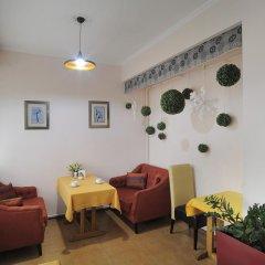 Отель Bed & Breakfast Bishkek 2* Кровать в мужском общем номере фото 6