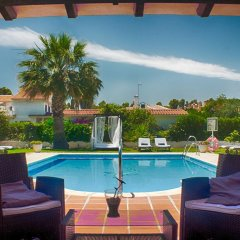 Hotel Malaga Picasso бассейн фото 2
