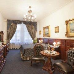 Отель U Zlateho Stromu 4* Студия фото 5