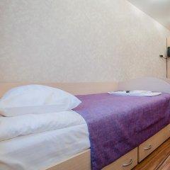 Гостевой дом у Львиного мостика Стандартный номер с 2 отдельными кроватями (общая ванная комната) фото 4