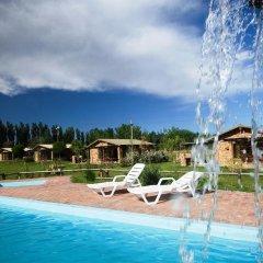 Отель Cabañas Y Suites Villa Bonita Вейнтисинко де Майо бассейн