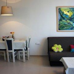Simply Apartments - Frishman Street Израиль, Тель-Авив - отзывы, цены и фото номеров - забронировать отель Simply Apartments - Frishman Street онлайн комната для гостей фото 2