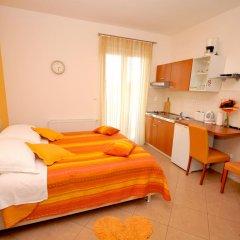Отель Apartmani Trogir 4* Студия с различными типами кроватей фото 6
