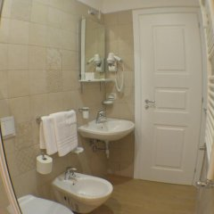 Отель The Wesley Rome 3* Стандартный номер с двуспальной кроватью фото 3