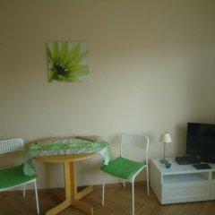 Апартаменты Studio Green комната для гостей