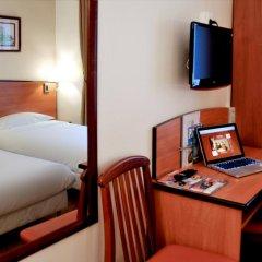 Отель Hôtel Eden Montmartre 3* Стандартный номер с различными типами кроватей фото 3