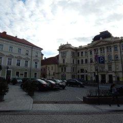 Отель Philharmonic Apartments Литва, Вильнюс - отзывы, цены и фото номеров - забронировать отель Philharmonic Apartments онлайн парковка