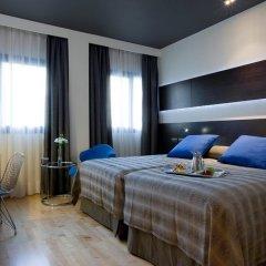 Отель NH Madrid Las Tablas 4* Стандартный номер с различными типами кроватей фото 2