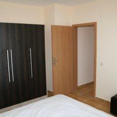 Апартаменты Menada Sky Dreams Apartment Свети Влас сейф в номере