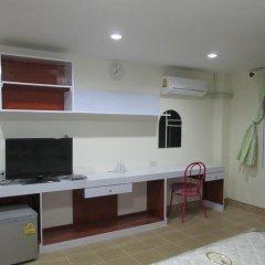 Отель Zen Rooms Mahajak Residence Бангкок удобства в номере фото 2