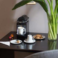 Отель Tornabuoni Suites Collection 3* Люкс с различными типами кроватей фото 5