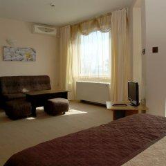 Отель Sezoni South Burgas Улучшенный номер с различными типами кроватей фото 4