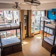 Отель Vietnam Backpacker Hostels - Downtown Кровать в общем номере с двухъярусной кроватью фото 2