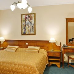Отель Kolonada 4* Люкс с различными типами кроватей