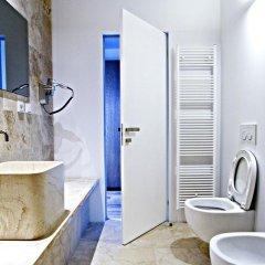 Отель Golden Crown 4* Улучшенный номер с двуспальной кроватью фото 25