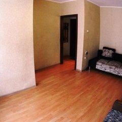 Апартаменты Tikhy Centre Apartments Новосибирск комната для гостей фото 2