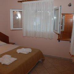 Отель Ammos Kalamitsi комната для гостей