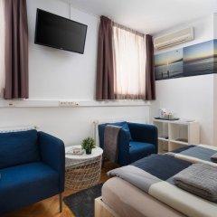 Hostel Bureau Номер Делюкс с различными типами кроватей фото 4