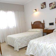 Отель Serantes Hotel Испания, Эль-Грове - отзывы, цены и фото номеров - забронировать отель Serantes Hotel онлайн комната для гостей фото 3