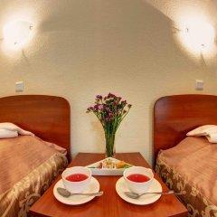 Гостиница Голосеевский 2* Стандартный номер с 2 отдельными кроватями (общая ванная комната) фото 3