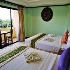 Отель Baan SS Karon 3* Улучшенный номер с различными типами кроватей фото 10