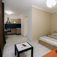 Апартаменты Apartments on Poltavskiy 2 комната для гостей фото 2