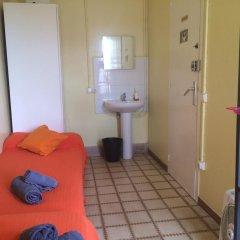 Отель Barcelona City Ramblas (Pensión Canaletas) Испания, Барселона - 1 отзыв об отеле, цены и фото номеров - забронировать отель Barcelona City Ramblas (Pensión Canaletas) онлайн комната для гостей фото 3