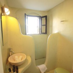 Отель Lava Suites and Lounge 3* Улучшенный номер с различными типами кроватей фото 4